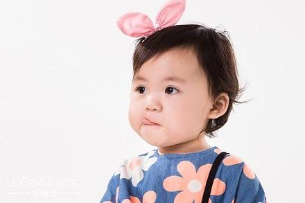 2020年正月大年初四出生的女孩五行缺土的名字精选!(图文)