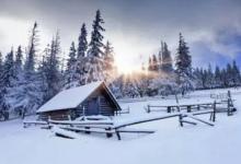 梦见冰天雪地里行走