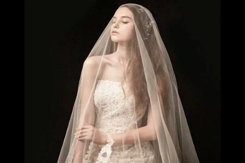 梦见自己穿婚纱