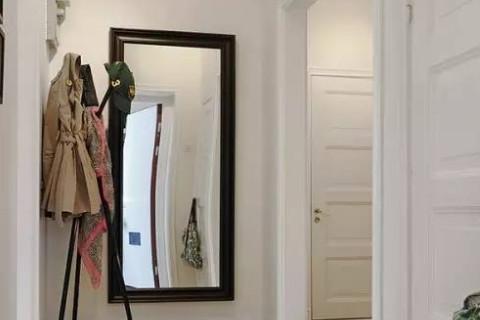 镜子客厅摆放最佳位置