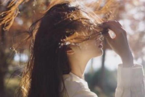 女人的眼睛如何反映感情运势